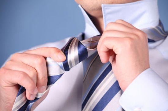 как-правильно-завязать-галстук