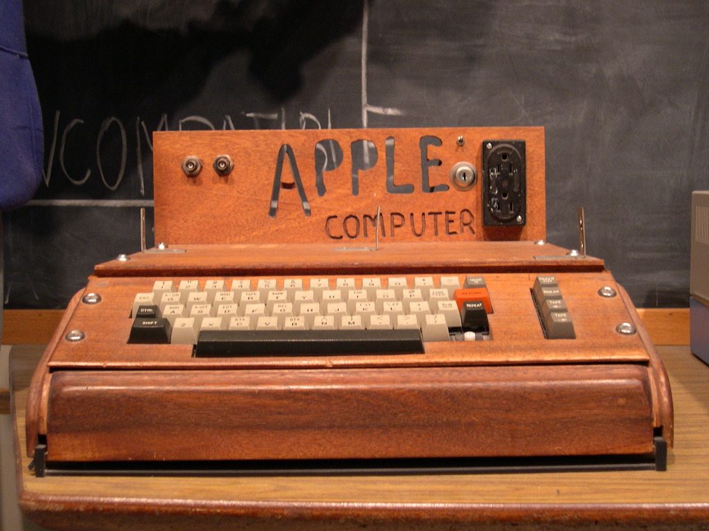 Краткая биография Стива Джобса. Компьютер Apple
